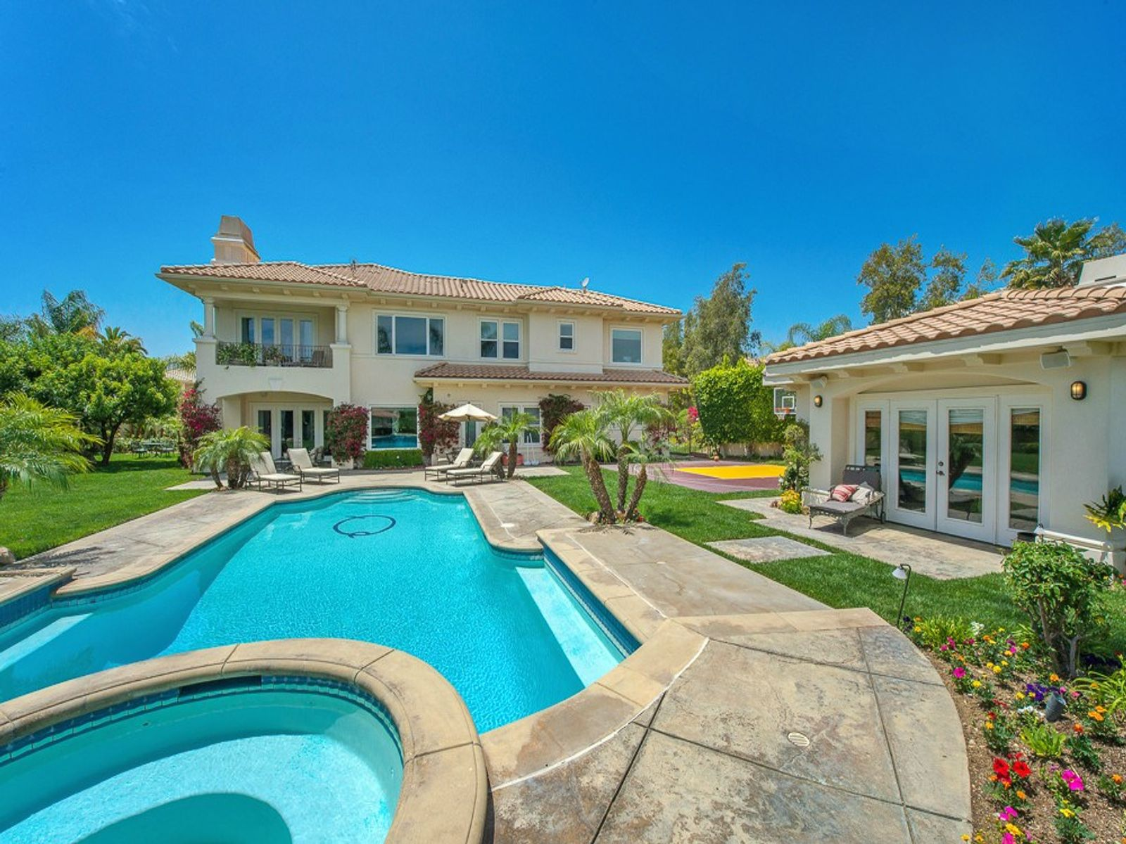 angeles real estate