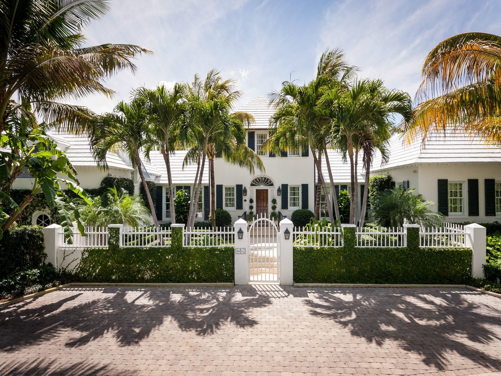 Estate Section Lakefront, Palm Beach FL Single Family Home - Palm Beach Real Estate