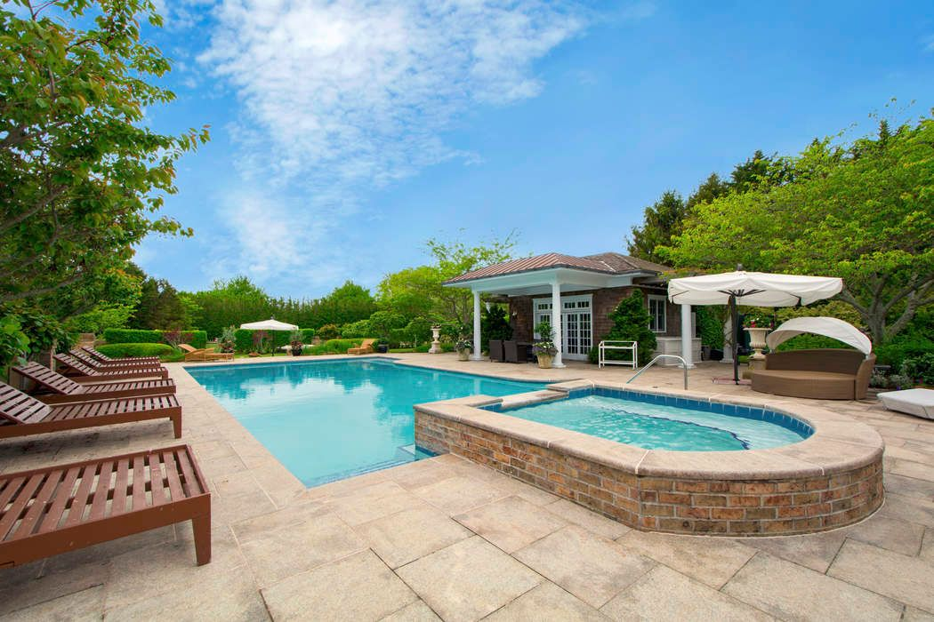 704 Ocean Road Bridgehampton, NY 11932