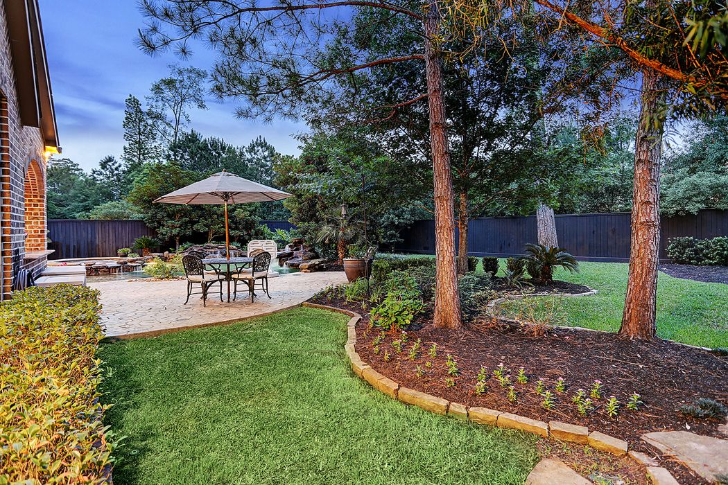 66 S Player Manor Circle The Woodlands, TX 77382