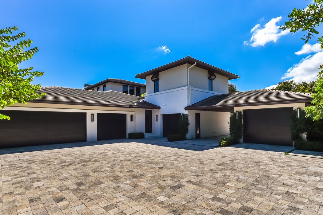 11749 Bella Donna Court Palm Beach Gardens, FL 33418