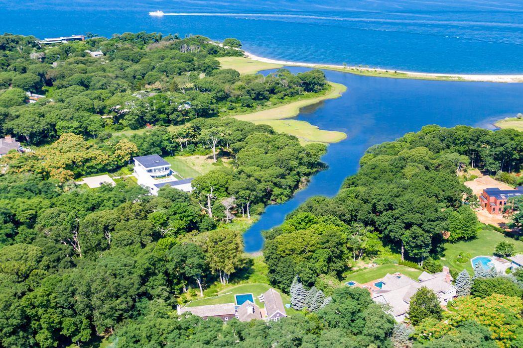 11 & 15 Ezekills Hollow Sag Harbor, NY 11963