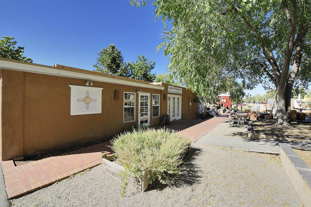 518 And 0 Old Santa Fe Trail Santa Fe, NM 87505