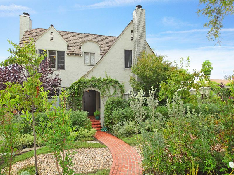 Enchanting Country English Home