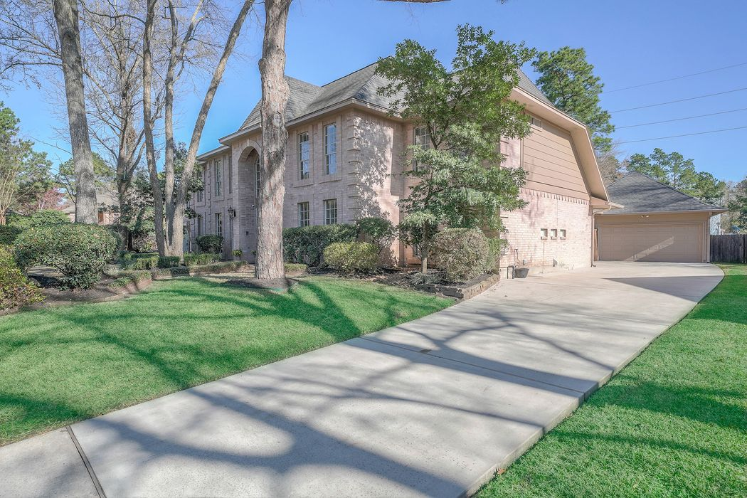 2106 Grand Mesa Drive Kingwood, TX 77345