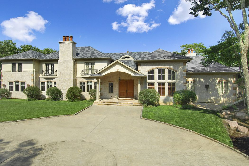 Bridgehampton Luxury and Privacy