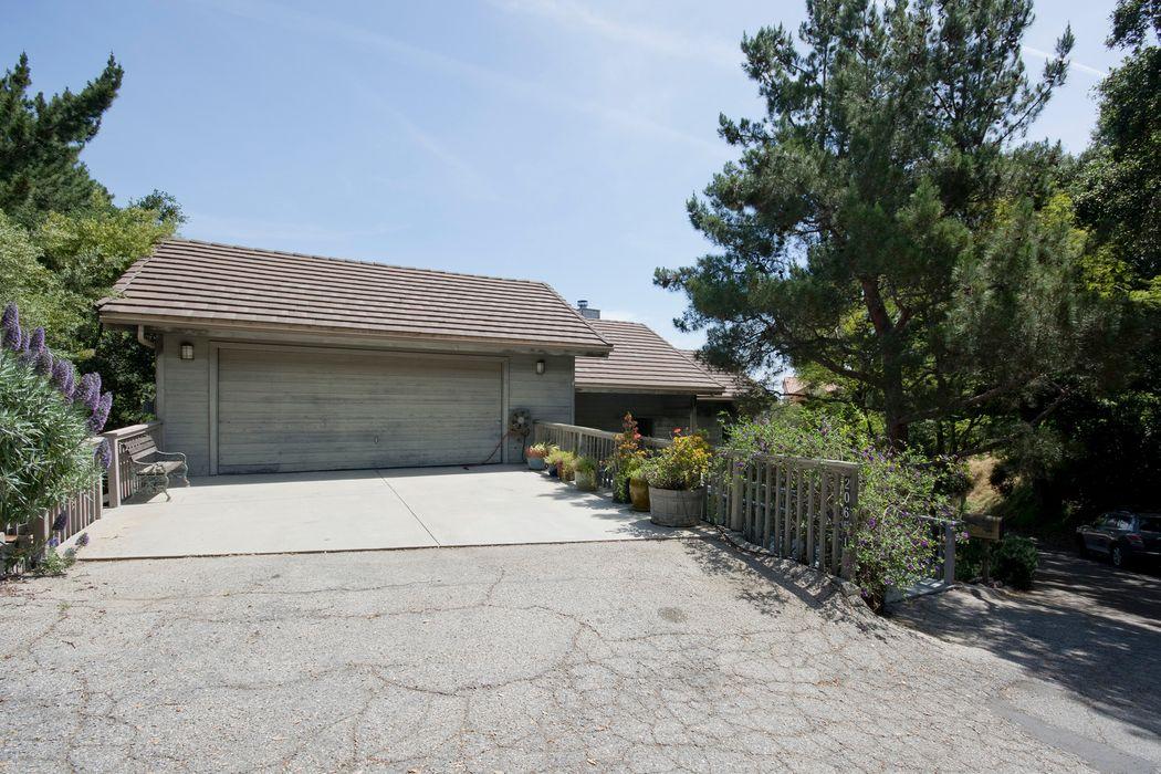 20651 Medley Ln Topanga, CA 90290