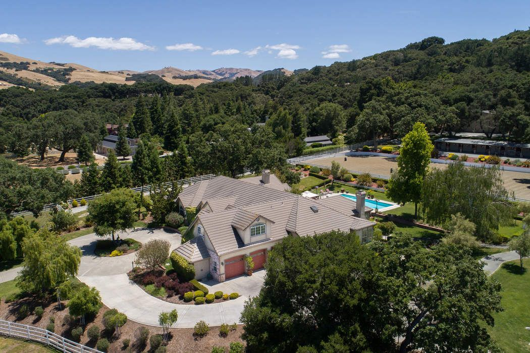 6 Sleepy Hollow Drive Carmel Valley, CA 93924