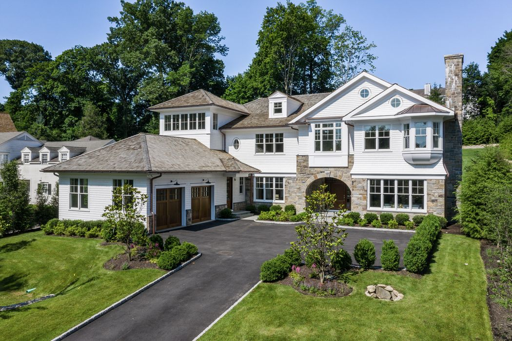 252 Overlook Drive Greenwich, CT 06830