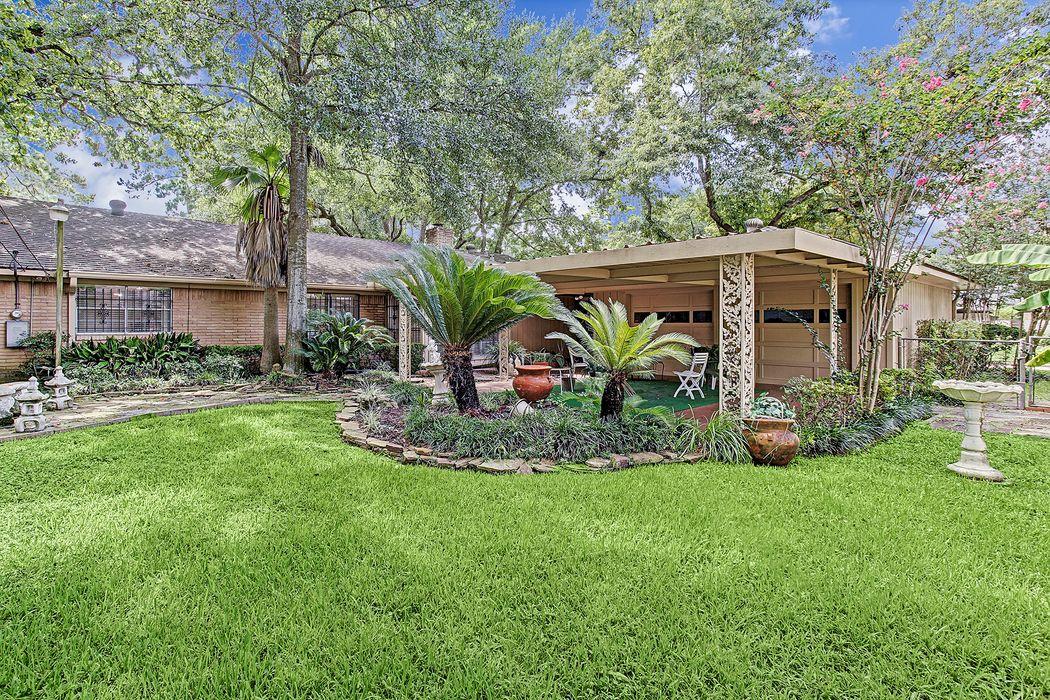 4910 Clift Haven Drive Houston, TX 77018