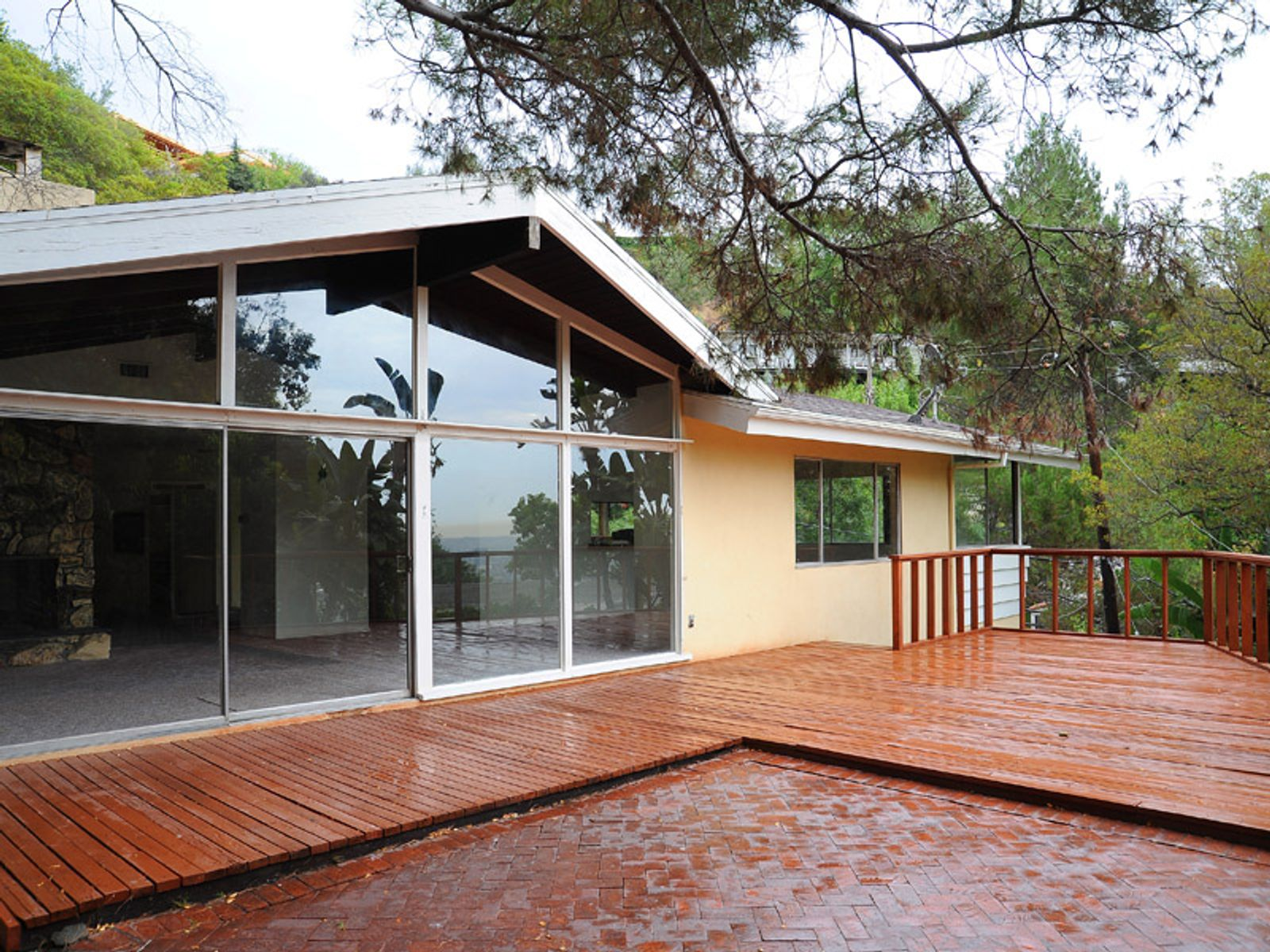 Classic 1958 Mid-Century, Los Angeles CA Single Family Home - Los Angeles Real Estate