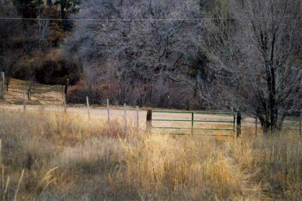 30 Sendero Del Oso Santa Fe, NM 87501