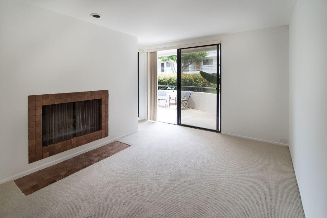 2950 Neilson Way Unit 209 Santa Monica, CA 90405