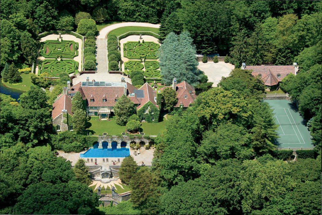 32 Chateau Ridge Drive Greenwich, CT 06831