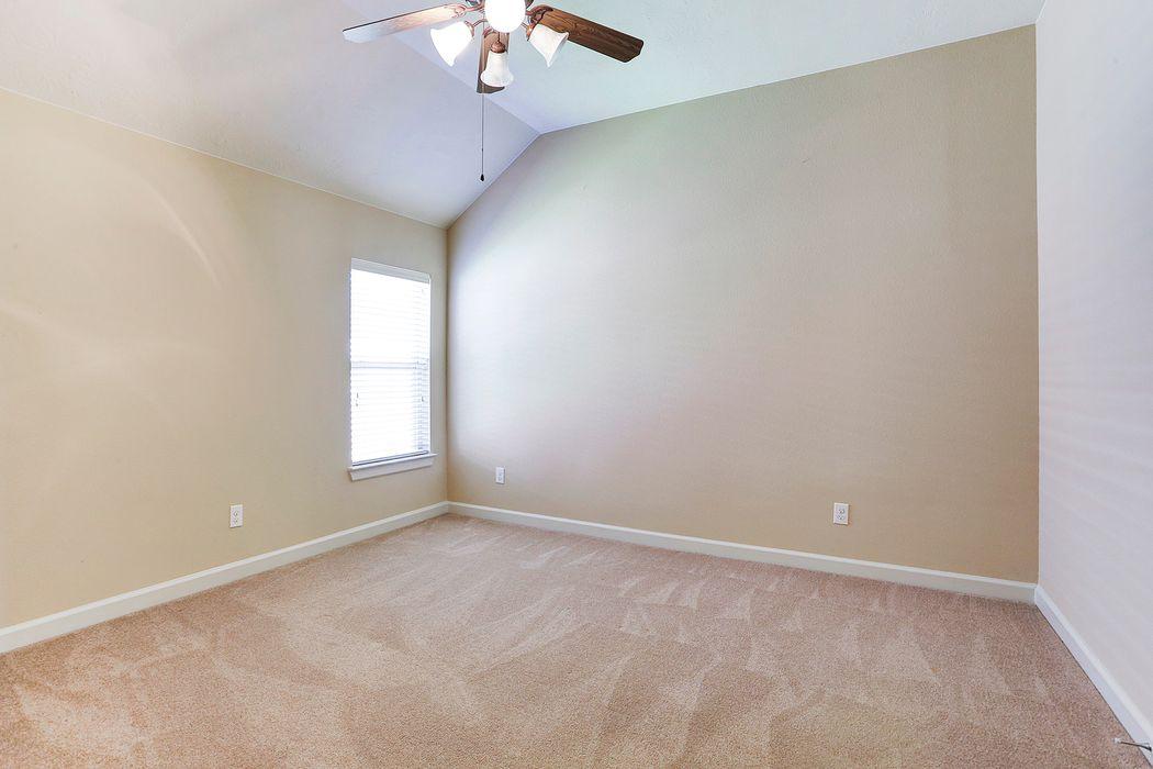 4003 Pinecrest Hollow Houston, TX 77084