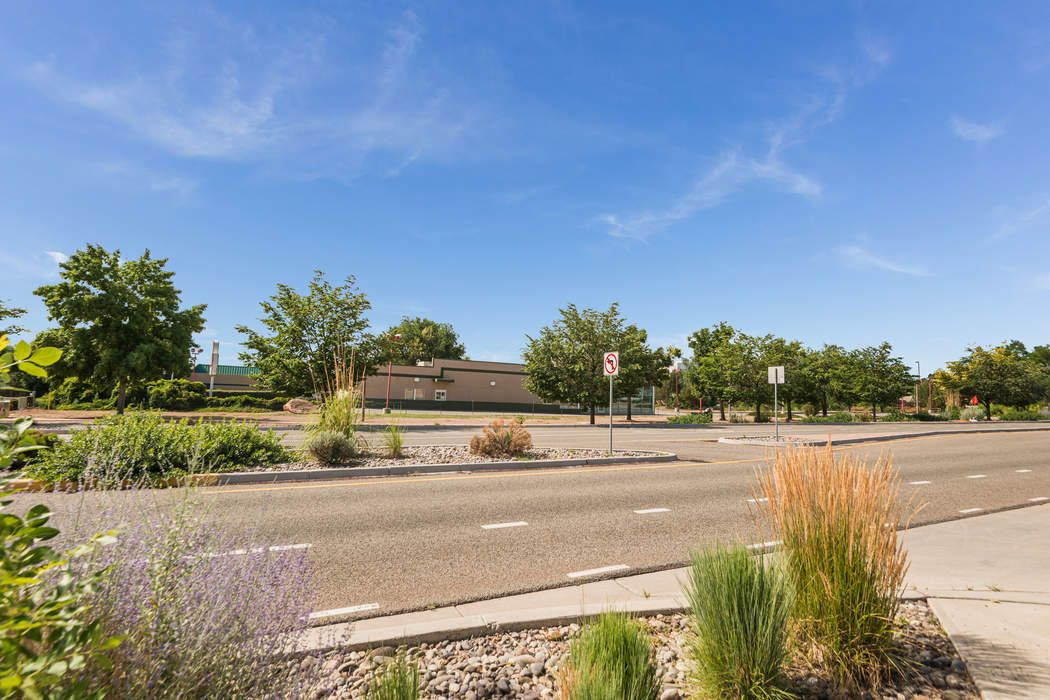 116 And 118 State Road 4 White Rock, NM 87547