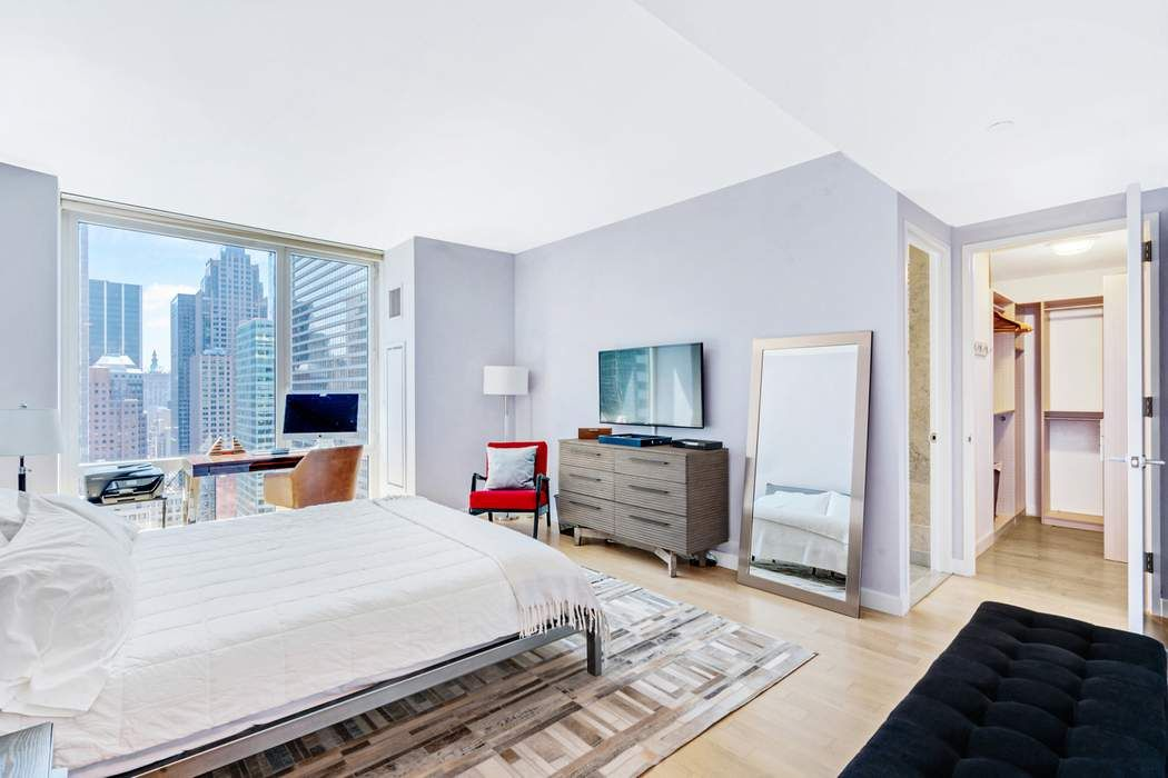 247 West 46th Street New York, NY 10036
