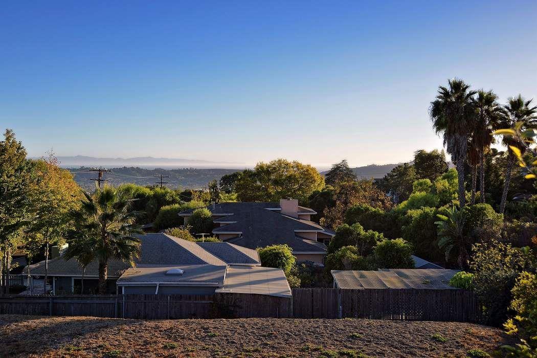 1021 Cheltenham Road Santa Barbara, CA 93101