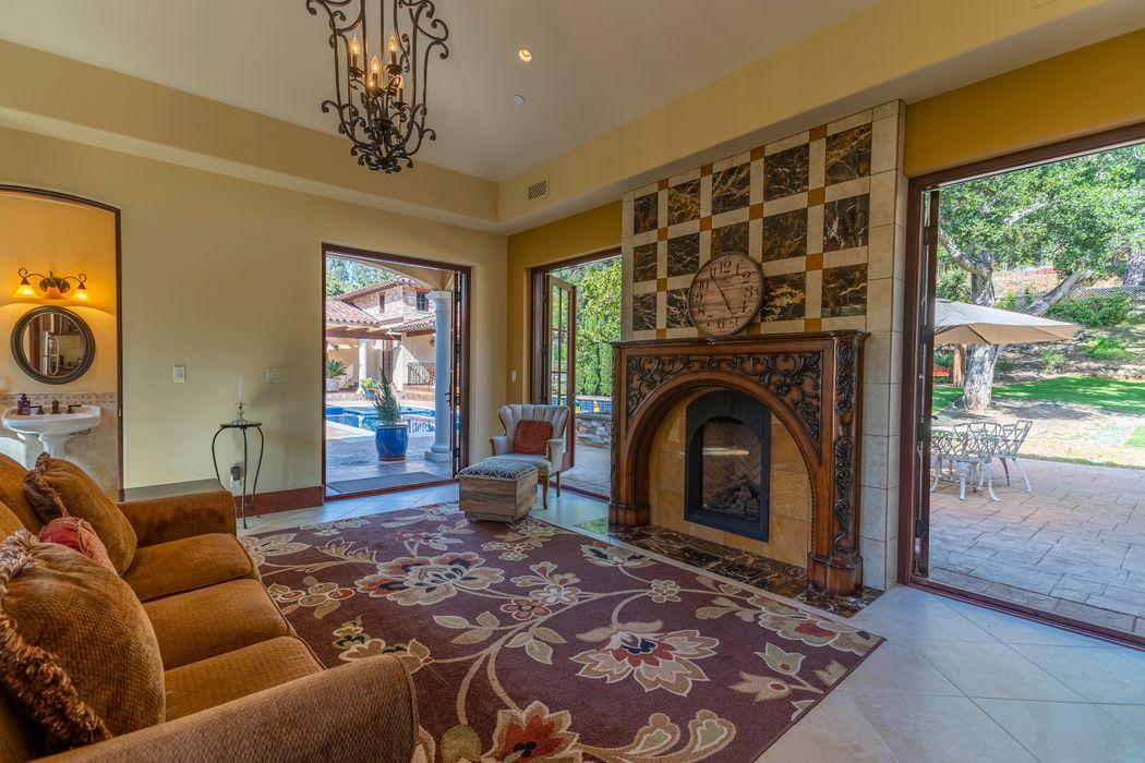 2020 Creekside Road Montecito, CA 93108