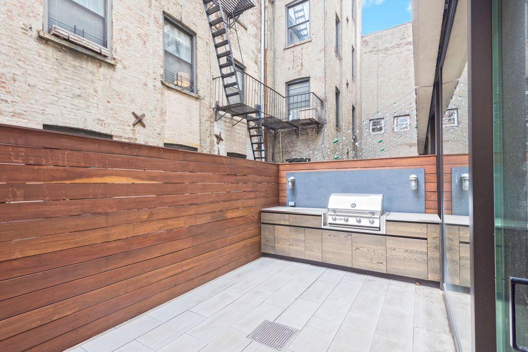 171 Water Street Brooklyn, NY 11201