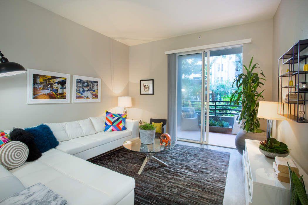 2200 Colorado Avenue #126 Santa Monica, CA 90404
