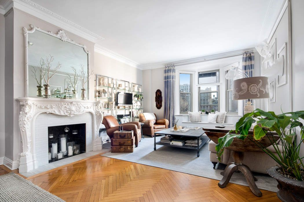 NO FEE - Pre-war 2BR Gramercy Park view