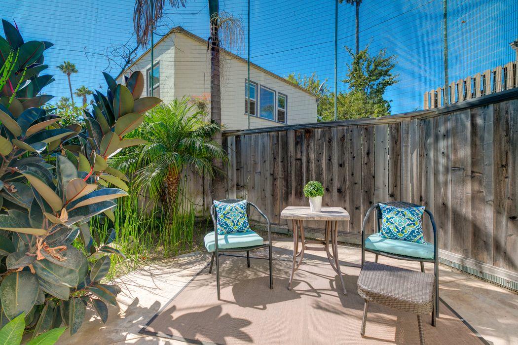 2042 Ayala Street Ventura, CA 93001