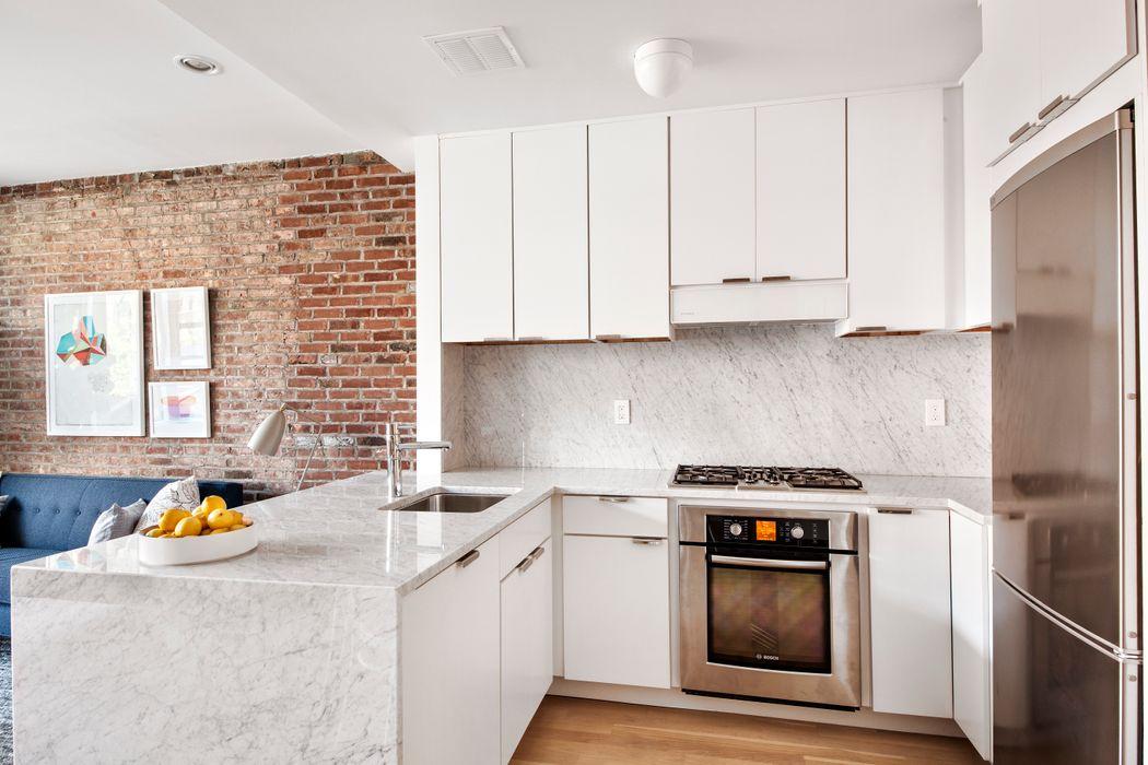 192 Lenox Avenue New York, NY 10026