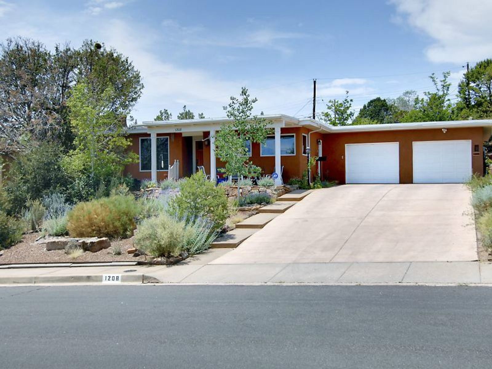 1208 Placita Loma, Santa Fe NM Single Family Home - Santa Fe Real Estate