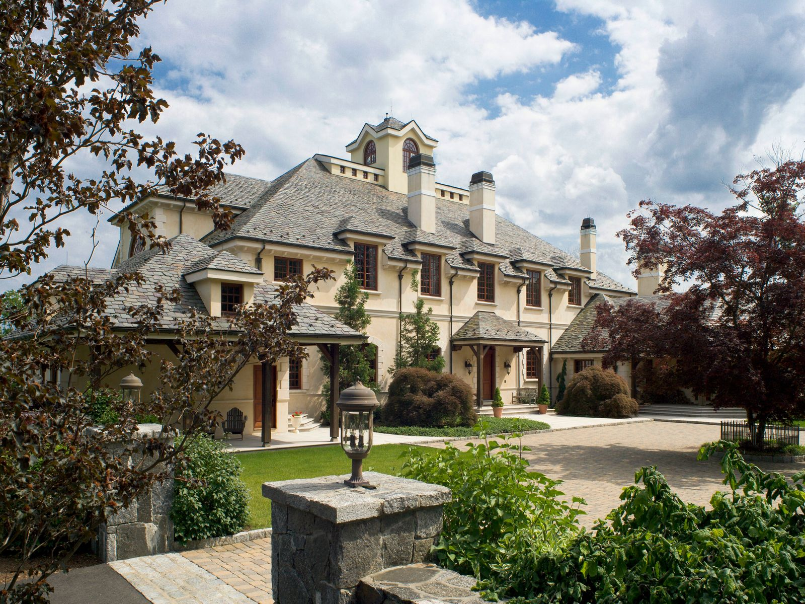 Hillcrest Estate, Greenwich CT Single Family Home - Greenwich Real Estate