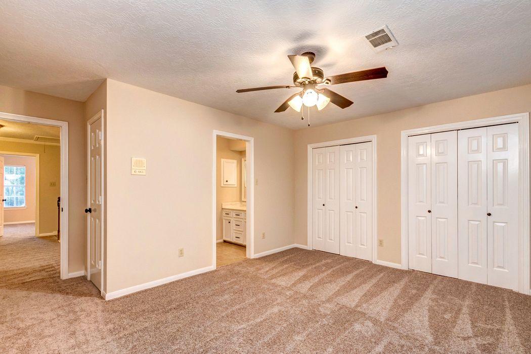 2719 Cedarville Drive Kingwood, TX 77345