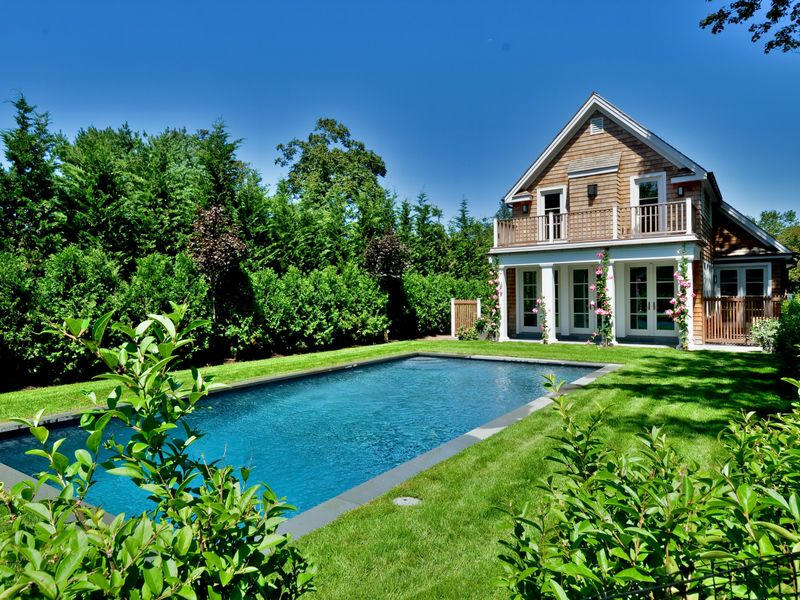 Gorgeous New Construction with Pool