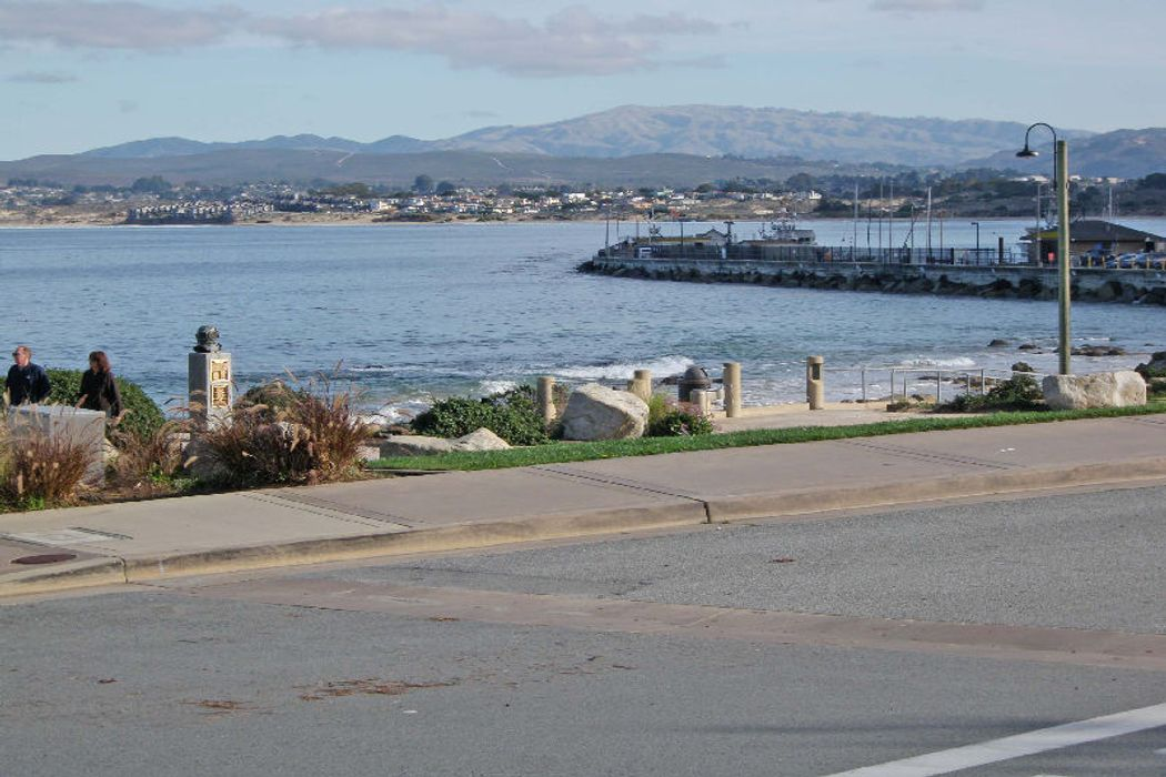 201 Cannery Row Monterey, CA 93940