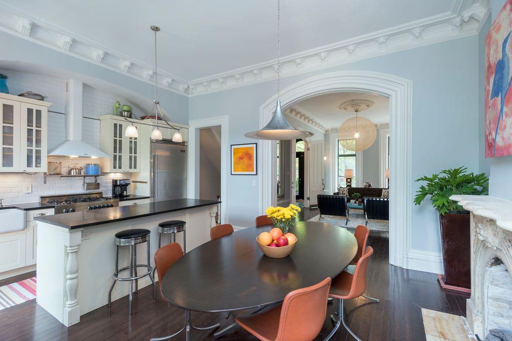 25 Monroe Street Brooklyn Ny 11238 Sotheby S