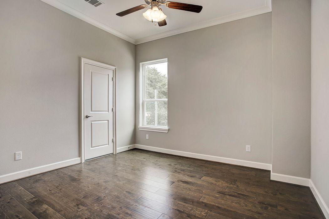 5317 Egbert Street Houston, TX 77007