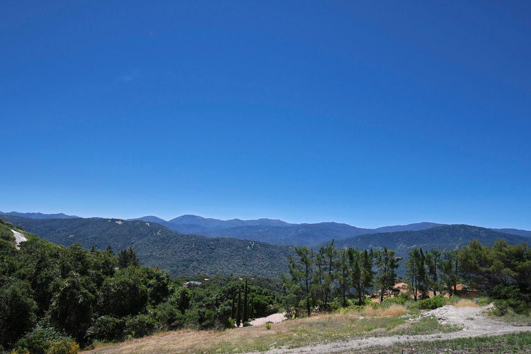 31452 Via Las Rosas Carmel Valley, CA 93924