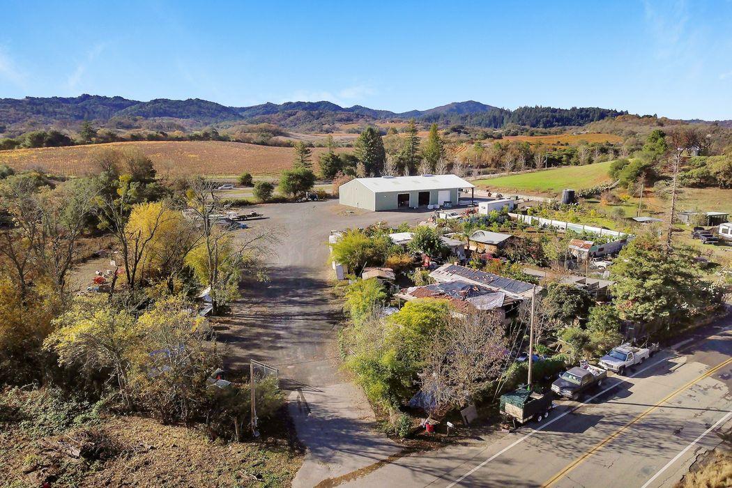26755 Asti Rd Cloverdale, CA 95425