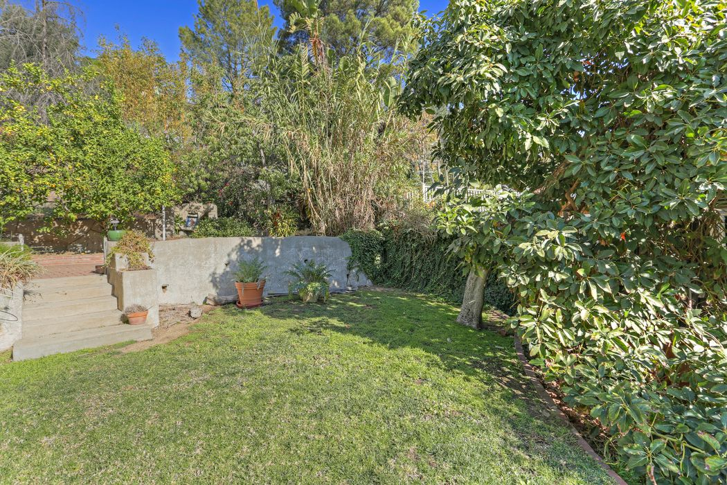 8983 Wonderland Avenue Los Angeles, CA 90046