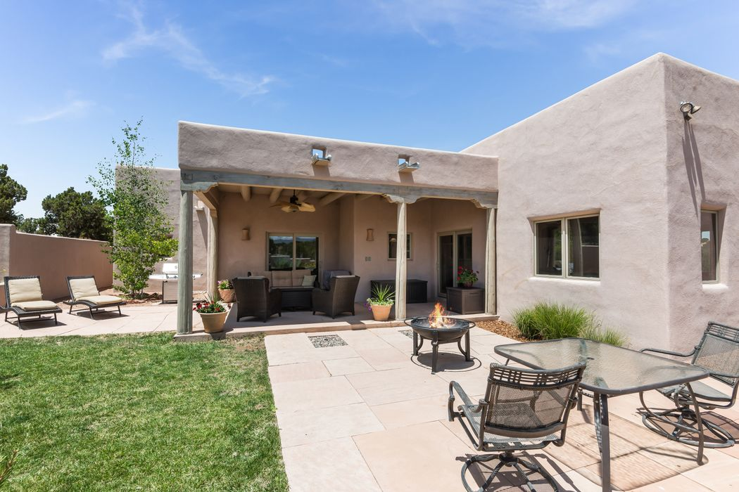 54c Blue Canyon Trail Santa Fe, NM 87507
