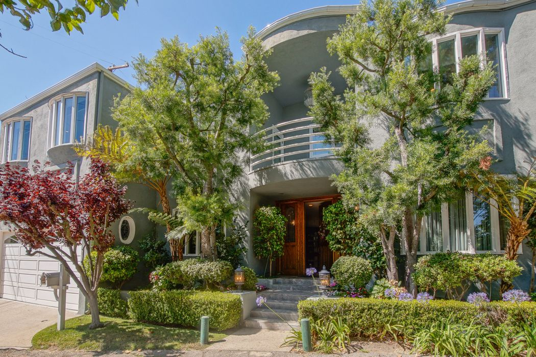 13431 Java Drive Los Angeles, CA 90210