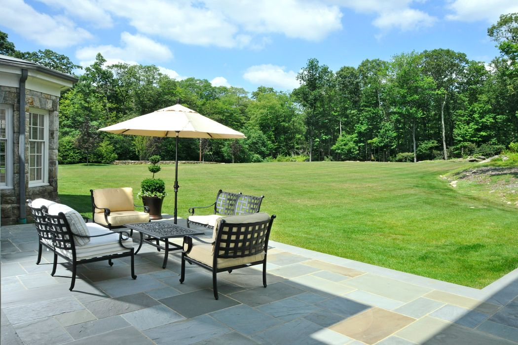 11 Langhorne Lane Greenwich, CT 06831