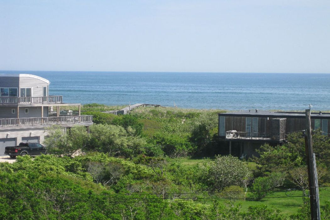 Almost Oceanfront Sagaponack, NY 11962