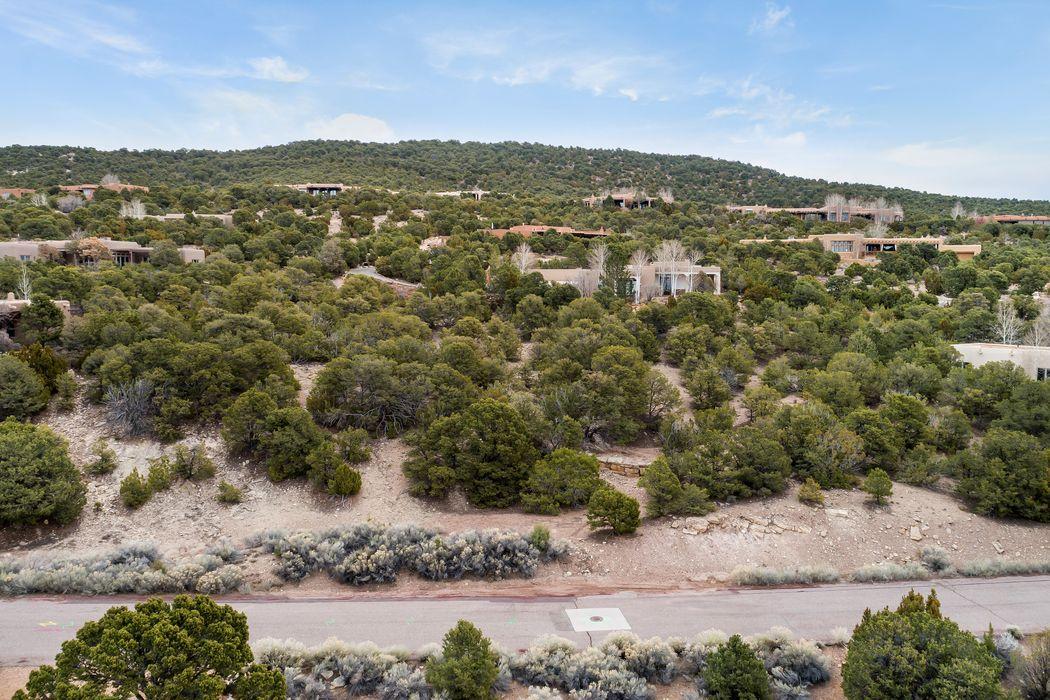 1103 Piedra Rondo Santa Fe, NM 87501