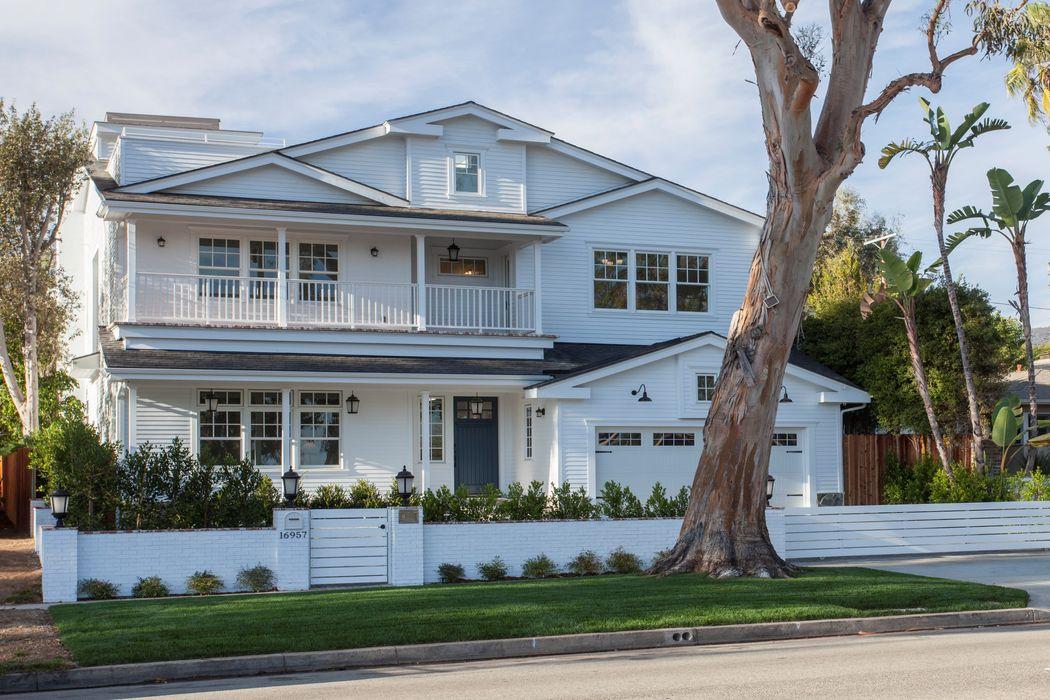 16957 Sunset Blvd. Pacific Palisades, CA 90272