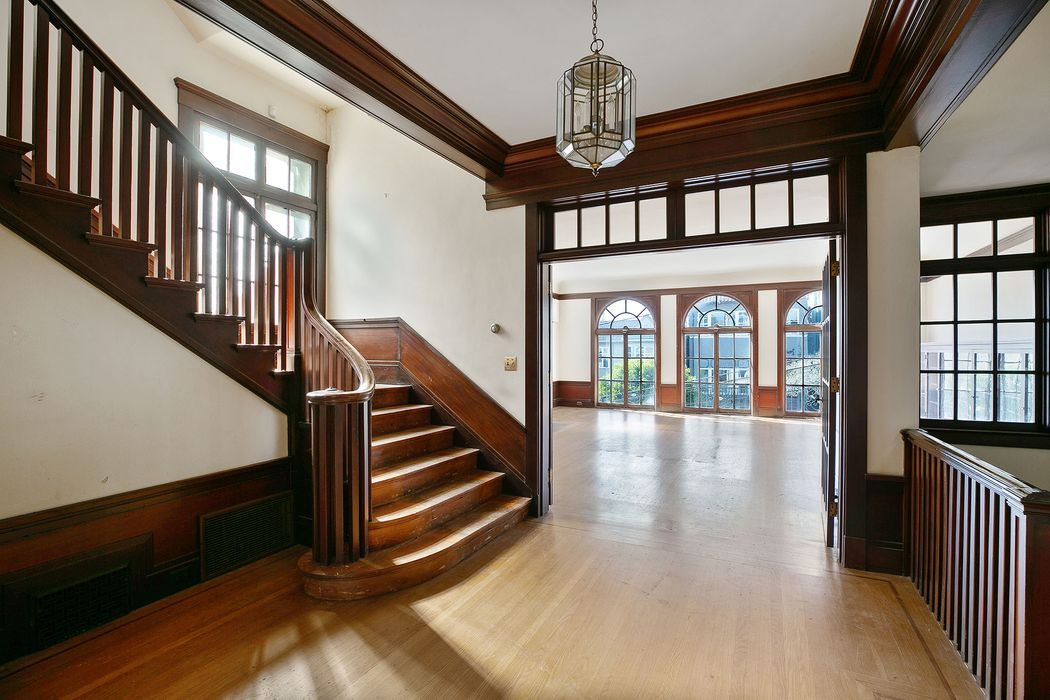 Wonderful Grand Pacific Heights Home San Francisco, CA 94115