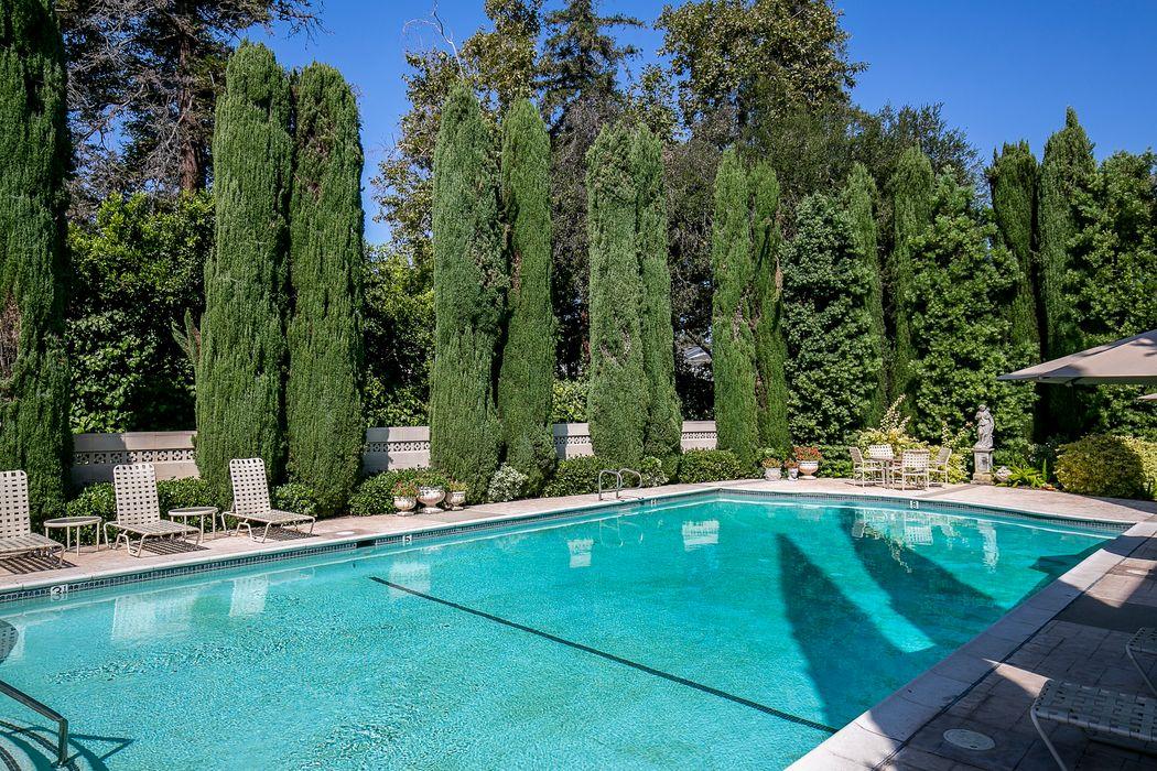 1215 South Orange Grove Boulevard Pasadena, CA 91105