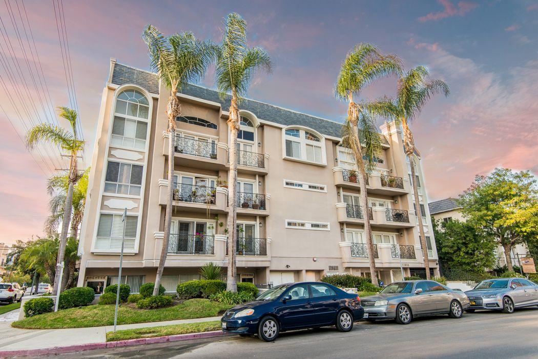 11855 Goshen Avenue Unit 101 Los Angeles, CA 90049