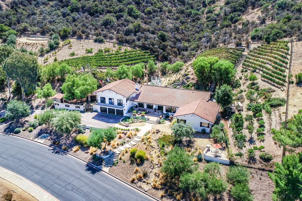 36 Pinecrest Road Thousand Oaks, CA 91361