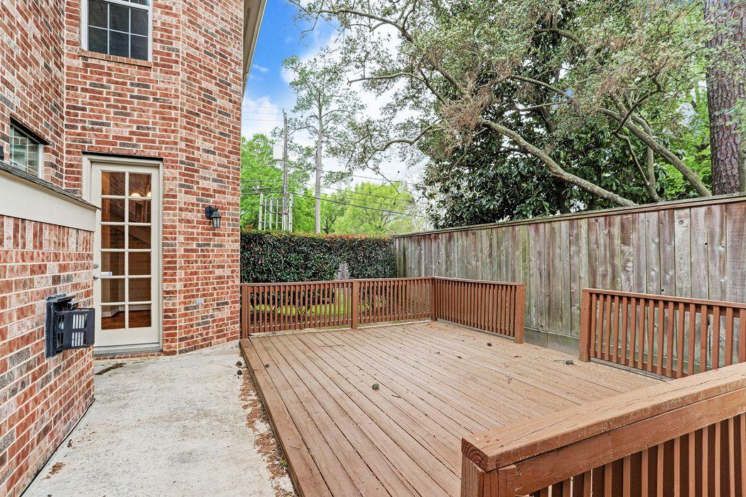 1503 Shady Villa Fern Houston, TX 77055