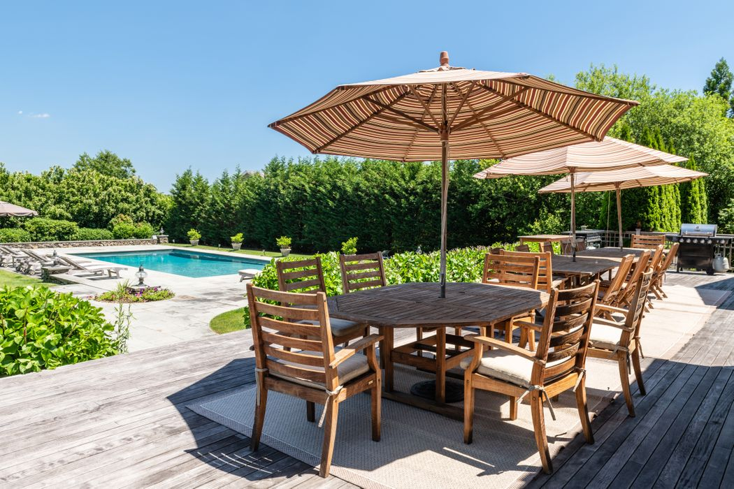 547 Butter Lane Bridgehampton, NY 11932